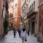 Bortsorterade gatubilder från Rom.