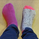 Idag rockar vi  sockorna.