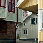 Trångt bland husen på Smögen, bilder.